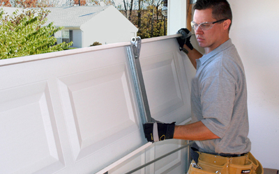 Five Helpful Tips For Avoiding A Garage Door Repair Scam